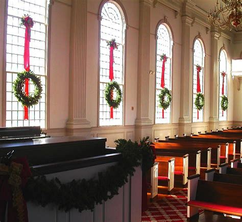 christmas wreath garland at church christmas