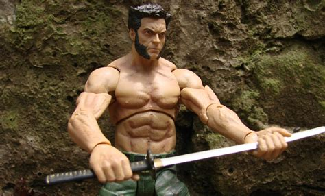 Play Sculpt Hugh Jackman Hs 16 Figure more new images of the marvel select the wolverine