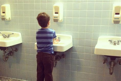 using public bathrooms when can a child use a public restroom by himself