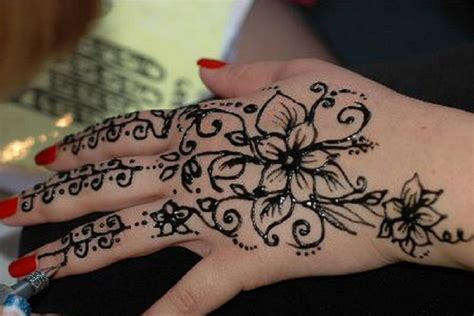 henna tattoo on left hand henna images designs