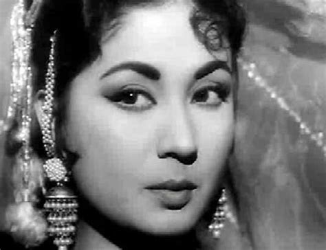 what bollywood actor died this past week bollywood actresses who died young