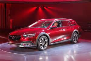 Buick Regal Pics 2018 Buick Regal Wagon Tourx Pictures Gm Authority