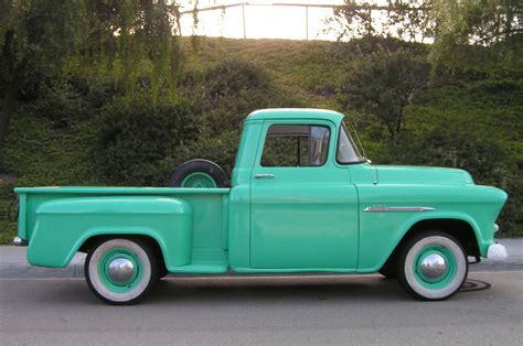 Fliese 20 X 20 by 55 Chevy 3100 Shortbed Stepside
