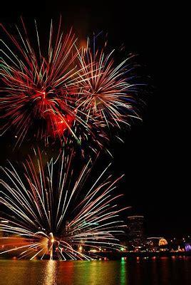 Bross Kembang Mutiara 1 foto foto 100 kembang api terindah di dunia teguh prasetiawan