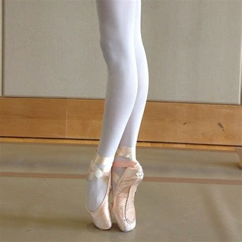 via tu the gallery for gt pink pointe shoes