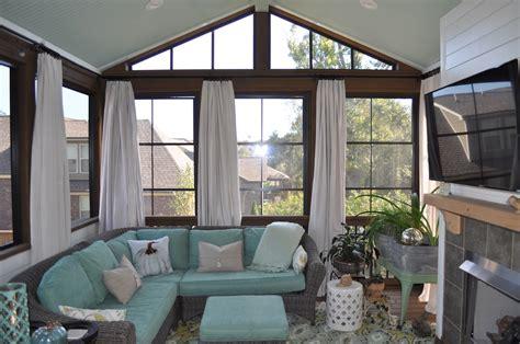 nashville screened  porch  season room