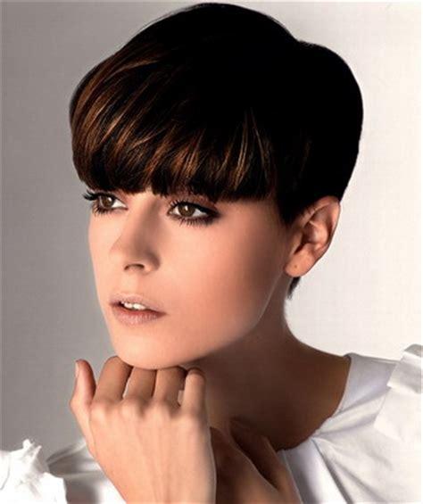 womens haircut fantasies women trendy hairstyles for autumn and short haircuts photos