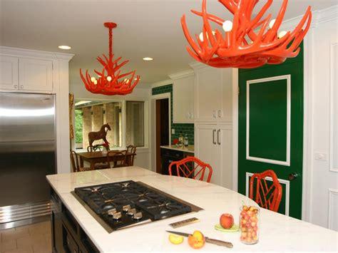 cozy kitchen decorating ideas iroonie com 12 cozy cottage kitchens hgtv
