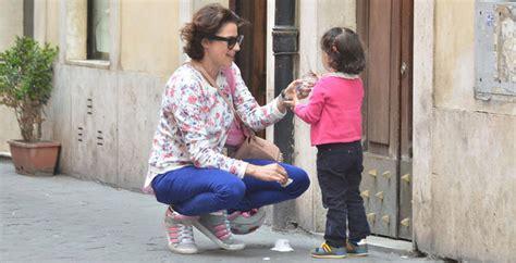 luisa ranieri figlia luisa ranieri mamma meraviglia con la figlia emma gossip