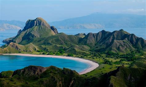 pictures  flores komodo islands bamboo travel