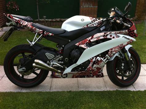 Yamaha Aufkleber Entfernen by K 246 Nnt Ihr Mir Was Photoshoppen Rj 15 Mit Skate Sticker