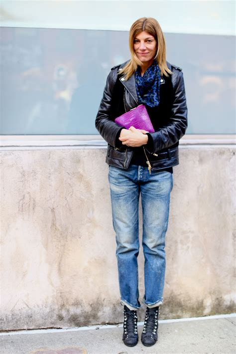 wear blue jeans  outfits  inspire stylecaster