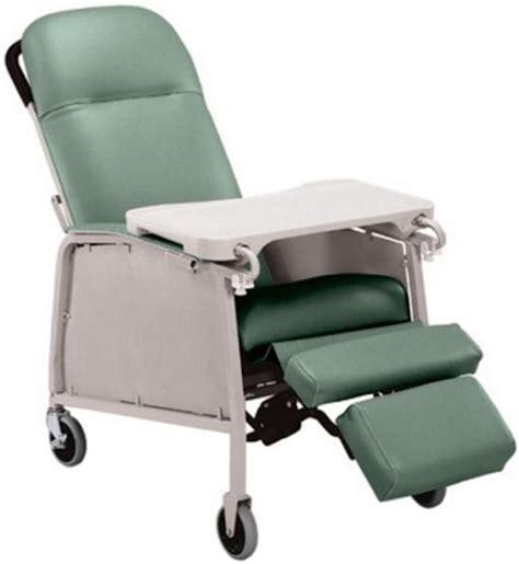Geri Chairs by Lumex 3 Position Geriatric Recliner 574g Lumex Geri Chair
