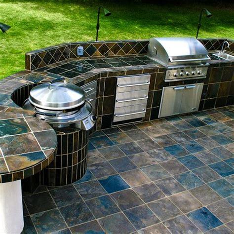 custom backyard bbq custom outdoor kitchen from www woodlanddirect com outdoor