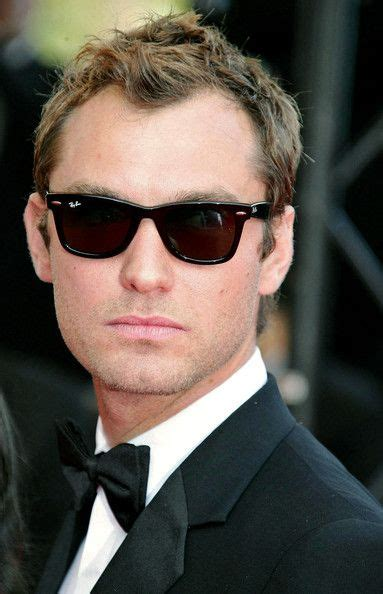 jude law wayfarer sunglasses jude law style and glasses