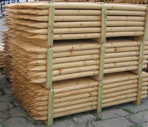listino prezzi piante da giardino paletti in legno di pino torniti per recinzioni esterne