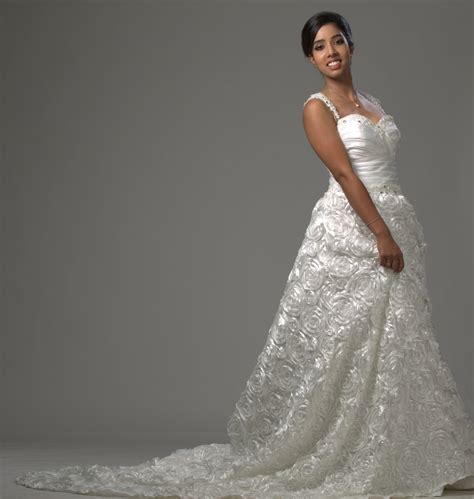 D Aisle Wedding Gowns by Altar Ego Wedding Gowns In Kerala D Aisle Bridals