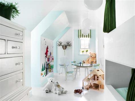 Dachboden Kinderzimmer Gestalten by 28 Einrichtungsideen F 252 R Kinderzimmer Mit Dachschr 228 Ge
