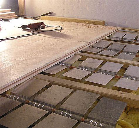 Estrich Auf Holzdielen by Holzdielen Fu 223 Bodenheizung Haus Dekoration