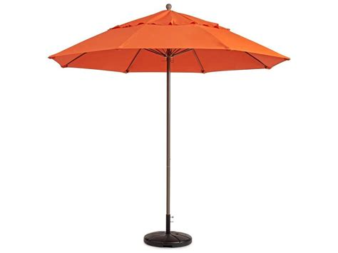 Grosfillex Windmaster 7.5 Foot Fiberglass Umbrella   98301931