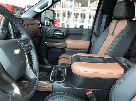 2020 Gmc Hd Interior by 2020 Silverado Hd Interior Surfaces In Exclusive New Photo