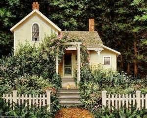 cottage building yellow cottage enchanted cottage pinterest