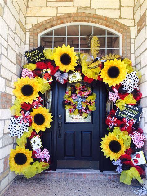 large sunflower door decor created  somethingfabulous