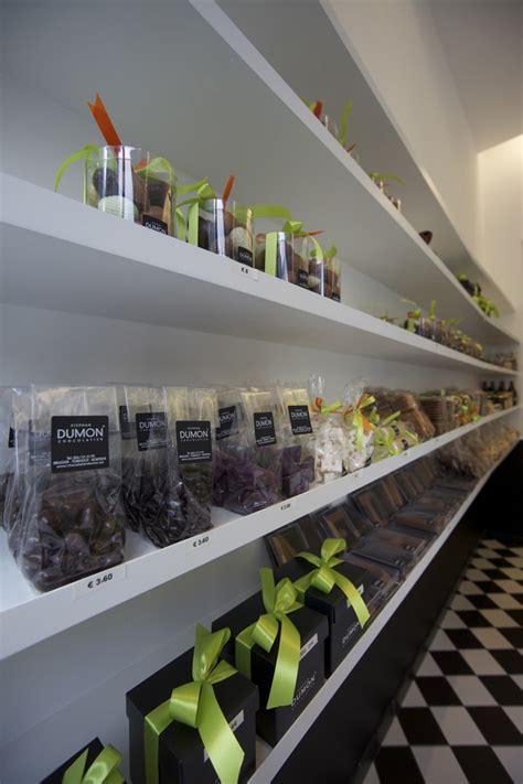 store design 187 retail design blog dumon chocolatier shop by witblad kortrijk belgium