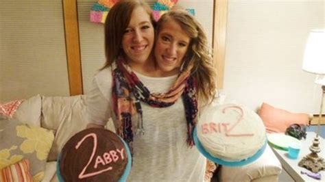 conjoined twins abigail and brittany hensel image gallery hensel twins scandal