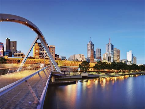 magnificent melbourne morning city sights