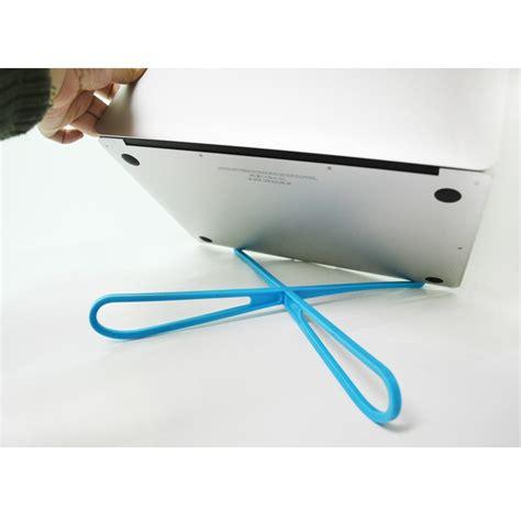 V Tie Holder Stand Laptop Portable Bahan Plastik Terbaru v tie holder stand laptop portable bahan plastik jakartanotebook
