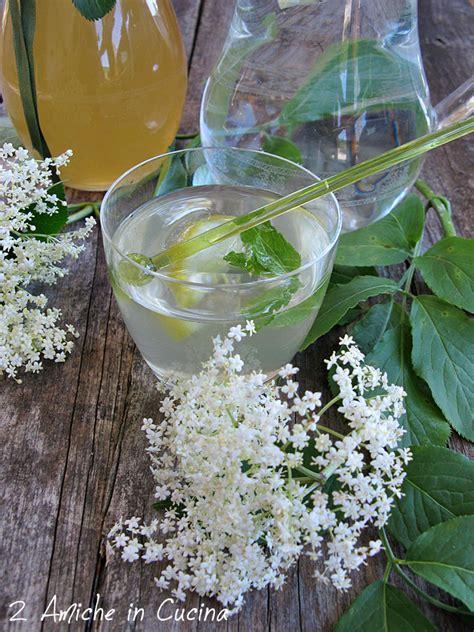 sciroppo di fiori di sambuco sciroppo ai fiori di sambuco 2 amiche in cucina