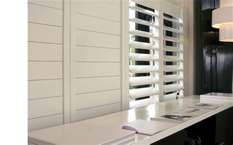 raamdecoratie jan des bouvrie jan des bouvrie shutters huisvestingsprobleem
