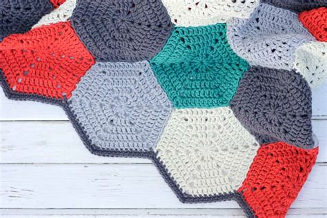 non pattern how to join crochet hexagons granny squares or other