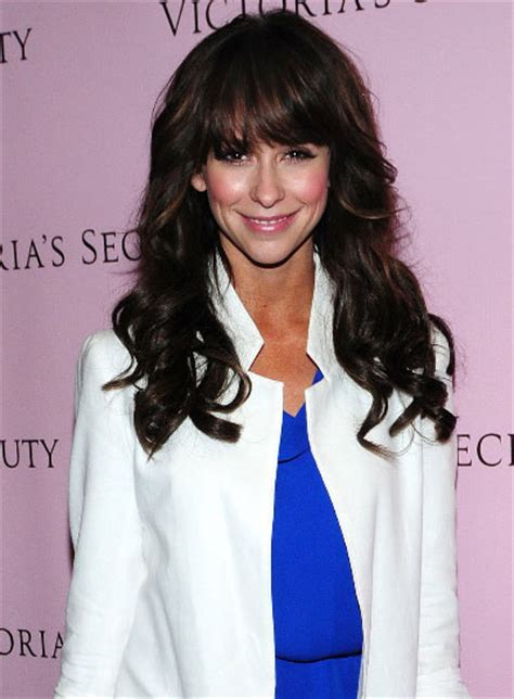 jennifer love hewitt hairstyles long curly hair long thick hairstyles with bangs beauty riot