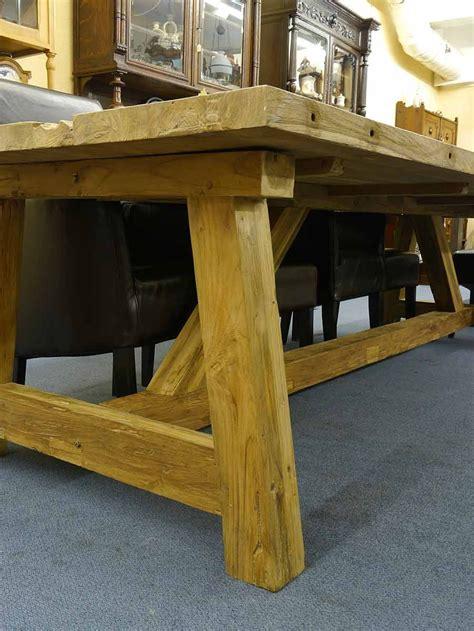 Grosse Tische Massiv by Riesiger Esstisch Aus Teakholz Massiv F 252 R Eine Gro 223 E