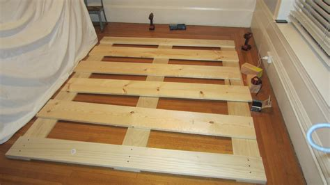 How To Make A Bed Frame From Pallets Building A Pallet Bed Frame Hodgepodgereel