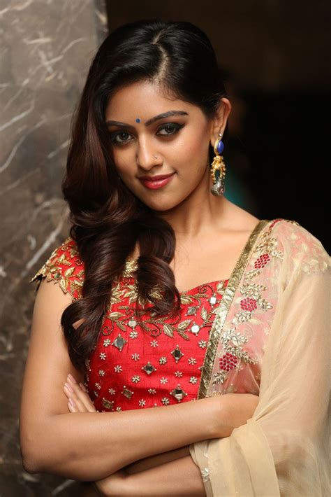 How To Be A Heroine by Anu Emmanuel At Majnu Audio Launch South Indian