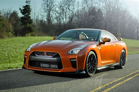nissan qtr 2017 nissan gt r look review motor trend