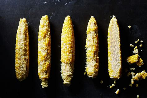 ate corn cob is there a right way to eat corn on the cob