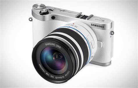Samsung Mirrorless samsung nx300 mirrorless sammy says smile
