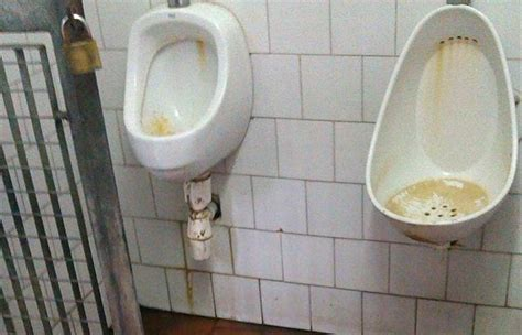 malattie bagni pubblici san marino seconda torre bagni pubblici degrado e