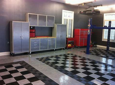 RaceDeck® TuffShield   High Gloss Modular Garage Flooring