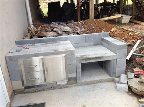 stunning cinder block outdoor kitchen and how to build an pizza oven trends picture getflyerz com