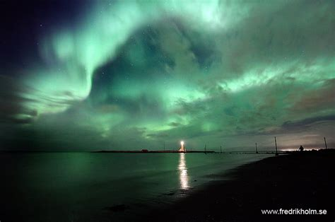 iceland in january northern lights spaceweather com january 2010 northern lights gallery