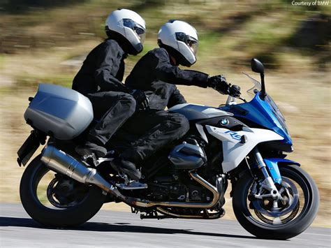 Bmw Motorrad Usa Accessories by 2015 Bmw R1200rs First Look Motorcycle Usa