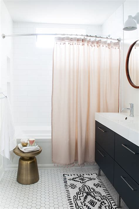 what color shower curtain for a small bathroom how to style 5 looks for a spring bathroom refresh