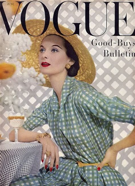 230 Vogue Covers History Of Fashion In Pictures by An Eye For Vintage Vintage Vogue Uk Bazar 1950 S