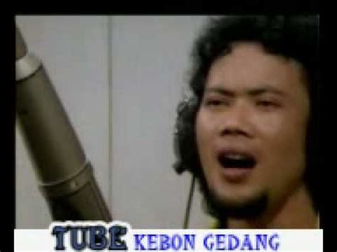 film rhoma irama indonesia youtube melody cinta rhoma irama original sountrack film youtube