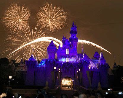 is disneyland open new years 28 images shanghai